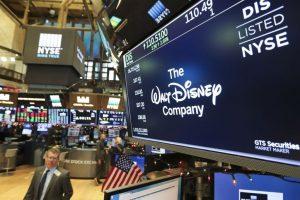 US stocks open higher ahead of tax bill vote