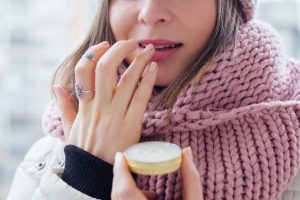 Maintain a healthy lifestyle this winter with these tips