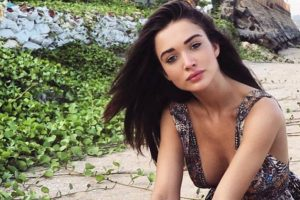 Looking for roles that allow less make-up, says Amy Jackson