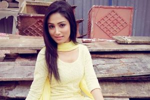 Donal Bisht gets mother's help for onscreen wedding