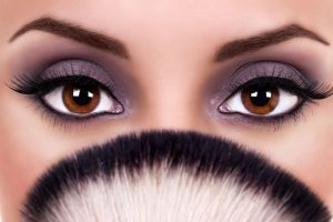 Make your eyes standout this festive season