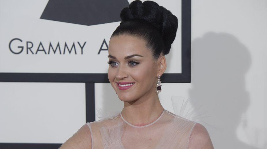 Katy Perry, Mystery Man, Holiday, Denmark