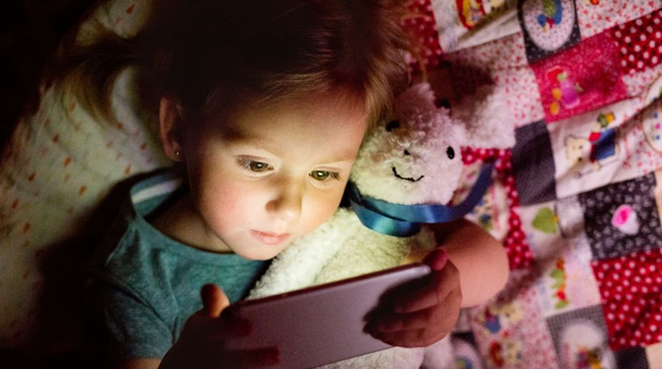 Smartphone, Sleep, Health, Kids, Obese