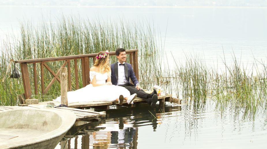 Group wedding, Khanka Lake, China-Russia border, Tourist, Culture
