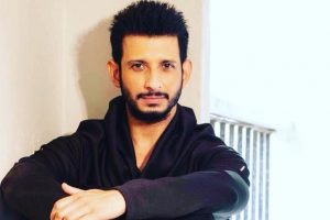 Theatre is ruthless: Sharman Joshi