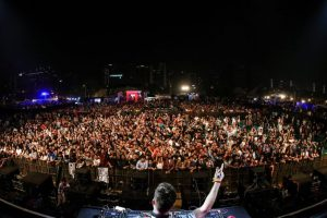 Sunburn 2017 starts amid delays, chaos
