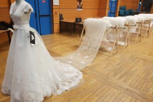 World's longest wedding dress train sets Guinness Record