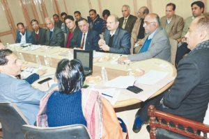 HP CM orders crackdown on drug, mining mafias