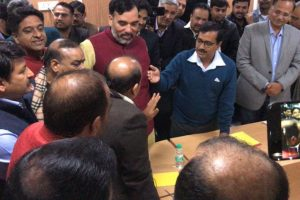 Delhi sealing 'drama': FIR against AAP MLAs, police to get CCTV footage