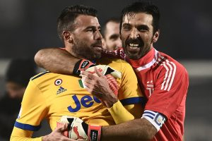 Gonzalo Higuain, Gianluigi Buffon keep Juventus on track for fourth Cup
