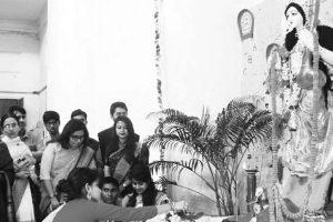 Saraswati Puja spirit grips Kolkata