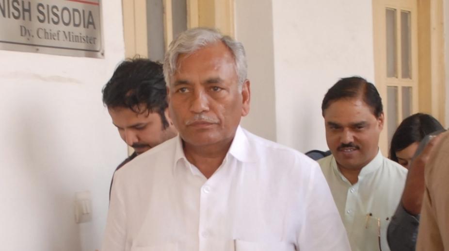 Mahagathbandhan, Congress, AAP, Congress-AAP, Ram Niwas Goel, Delhi Assembly Speaker, Arvind Kejriwal