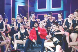 Punjabi Singer Diljit Dosanjh rocks in the first song of 'Welcome to New York'