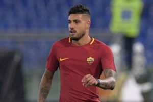 Chelsea sign Roma left-back Emerson Palmieri