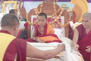 Rinpoche begins spiritual training