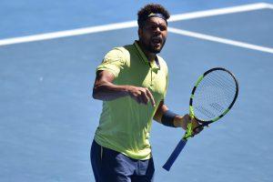 Australian Open 2018: Jo-Wilfried Tsonga survives Denis Shapovalov scare