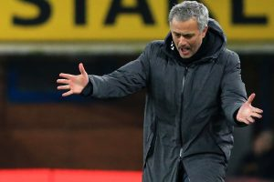 Mourinho wants FA Cup response from stuttering Man Utd