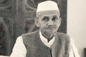 Nation remembers former PM Shastri on his 52nd death anniversary