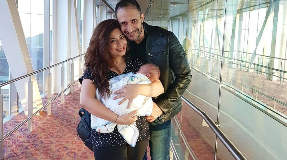 Malini Kapoor with Husband and child (Photo: Instagram)