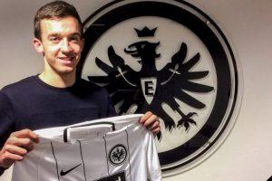 Frankfurt snap up midfielder Cavar
