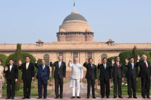 PM Modi welcomes Asean leaders at Republic Day parade