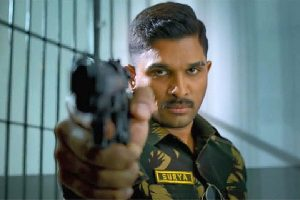 Allu Arjun starrer 'Naa Peru Surya' tips its hat to the Indian soldier with 'Sainika'