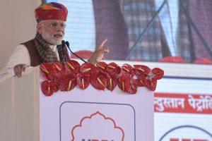 Congress hoodwinked people by laying foundation stones: PM Modi