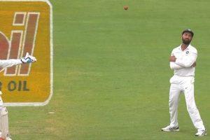 India vs South Africa: Parthiv Patel drops Dean Elgar's catch, Twitteratis roast him