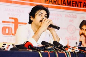Telugu actor Pawan Kalyan completes his political tour
