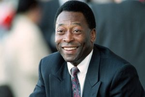 Pele still rates Lionel Messi over Cristiano Ronaldo