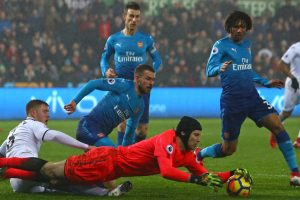 Petr Cech apologises to Arsenal fans after gaffe against Swansea City