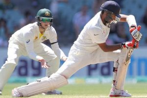 S. Africa reach 65/2, take 142-run lead over India on Day 2