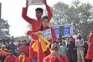 Street play fest kicks off in Chandigarh