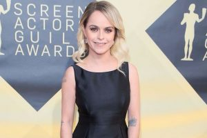 Taryn Manning wore dress worth $200 at SAG awards