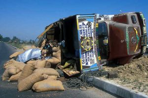 12 of a family killed in Jharkhand road accident