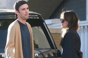 Dakota, Chris enjoy date in Malibu