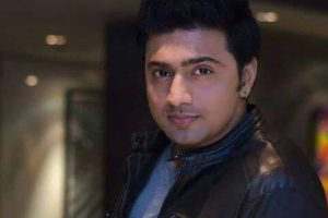 Actor Dev declared 'dead' on a phone call