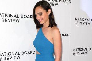 Gal Gadot flaunts Lebanese brand, sparks row