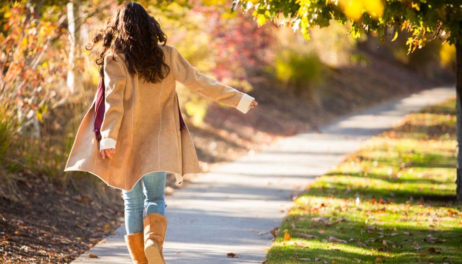 Go for morning walks, drink lemon water for toned body