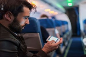 TRAI recommends mobile phone usage, calls and Internet services during flight