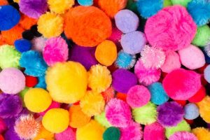 Make your life colourful with pom poms in fashion