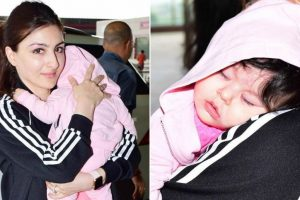 Inaaya Naumi cuddles up in Soha Ali Khan's arms
