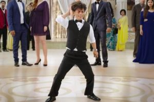 Shah Rukh Khan channels his dwarf avatar in 'Zero'