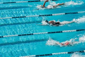 Sub-zero swimming challenge held at China festival