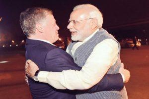 Modi breaks protocol, receives Jordan King at airport