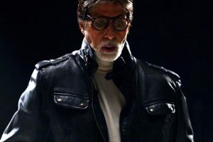 Heavy costumes for film take toll on Big B's health