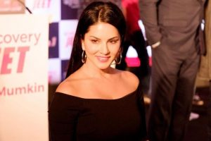Working in south Indian films will help me grow: Sunny Leone