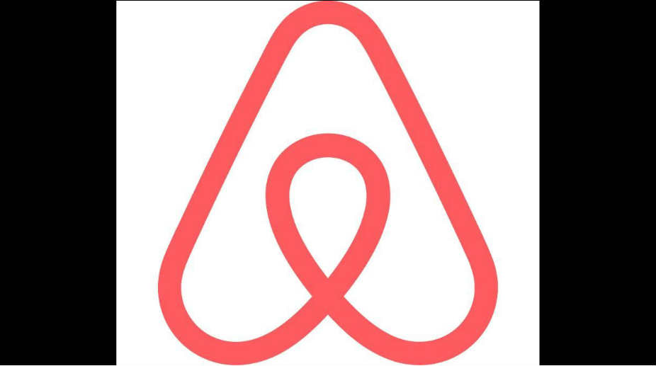 Airbnb woos high-end customers, expands into luxury homes