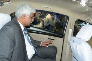 AAP MLAs hit me in front of Kejriwal: Delhi Chief Secretary