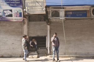 Unauthorised shopping complexes to be sealed